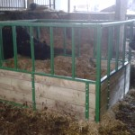 6ft Cattle sqaure feeder (painted)