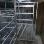 Cattle handling system's side opening gate